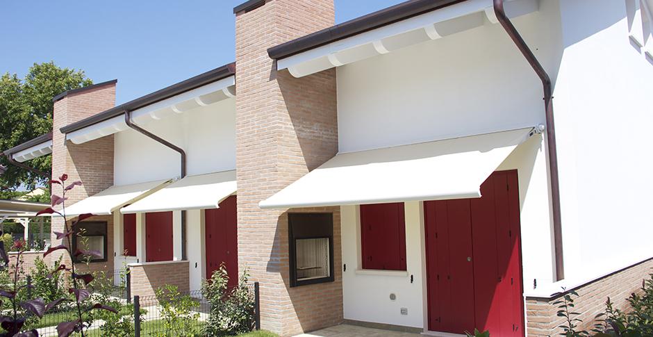 Porte finestre tapparelle e architetture che arredano - Tende per porte esterne ...